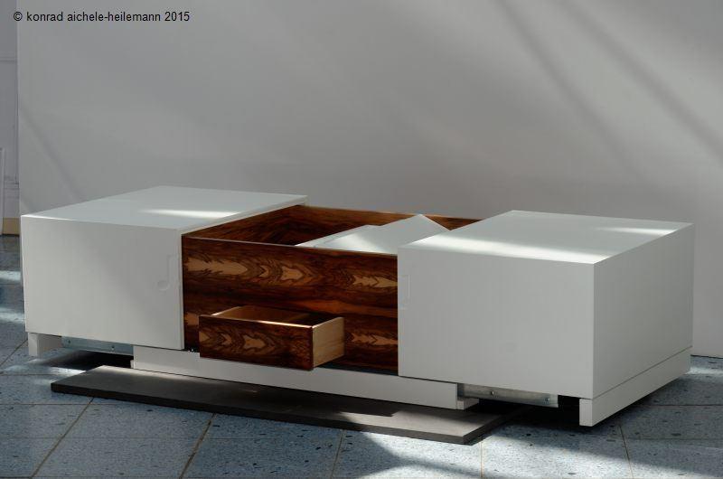 couchtisch satin nussbaum suche couchtisch 50er design schwarz hochglanz glas buche nachbildung. Black Bedroom Furniture Sets. Home Design Ideas